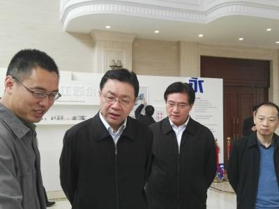 省委常委杨岳来锡调研军民融合发展情况